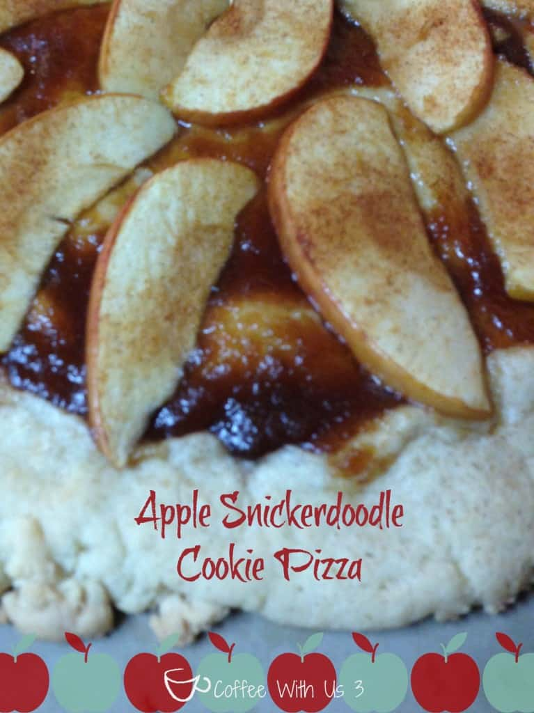 Apple Snickerdoodle cookie Pizza