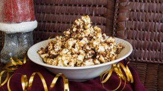 Peanut Butter Popcorn Munch - Christmas in July