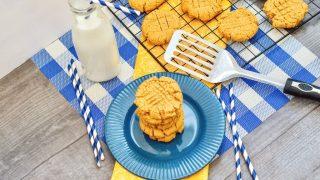 Easy 3 Ingredient Peanut Butter Cookies